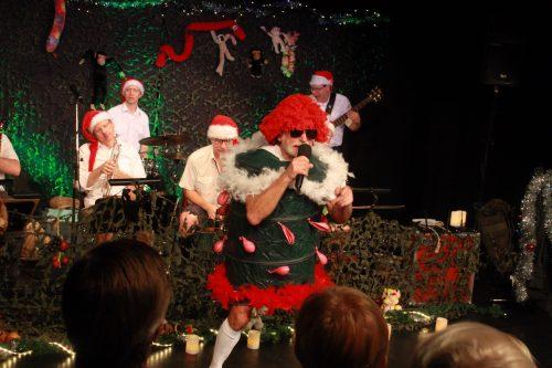 Djungelvildare jul med Östgötabandet