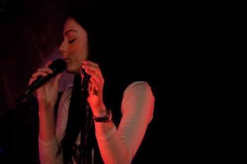 Carolynn på scen i Livekarusellen