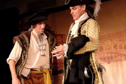 Två herrars tjänare både virrig och fiffig (recension)
