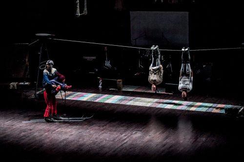 Cirkusslottet lyfter på tältduken i Finspång