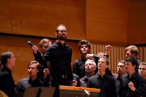 Linköpings studentkörer sjöng för fred