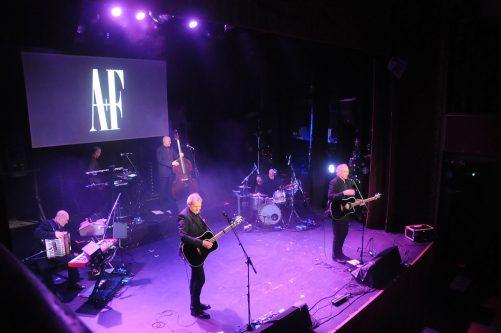 Allsång med Adolphson & Falk på Arbis
