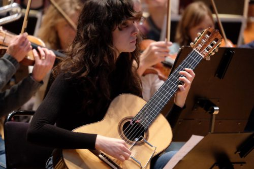 Lisa Streichs gitarrkonsert för SON