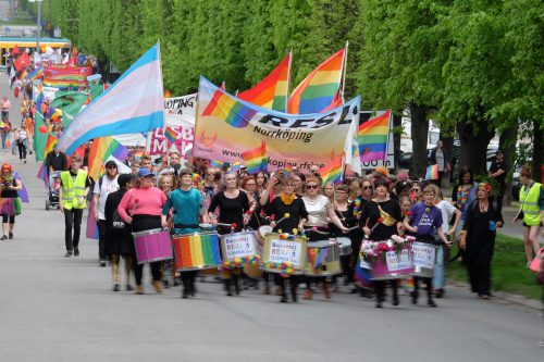Prideparad i föregångarnas spår